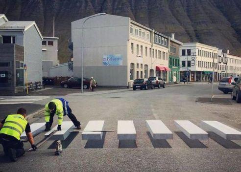 3D-pedestrian-crossing-island-59f038c5d0cad__880