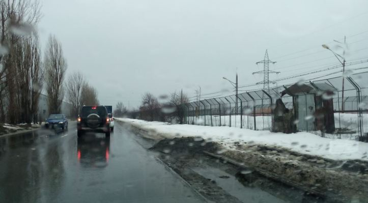 2018 02 20 - mizerie - 5 trotuare nedeszapezite rigole nefunctionale